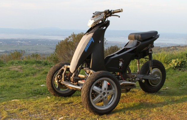 Latest Invention Three Wheel Electrical Scooter From Sway Motorsports